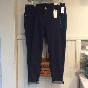 NWT Navy Jeggings
